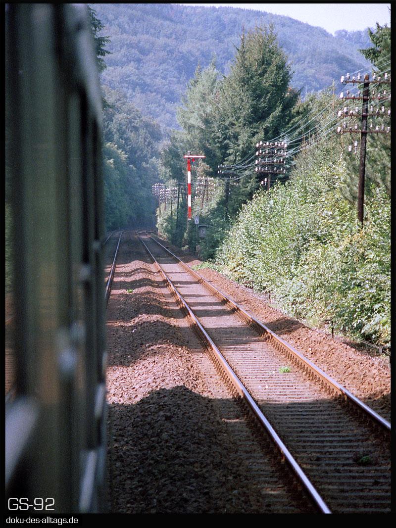 http://doku-des-alltags.de/StreckenundBahnhoefe/Lahntalbahn/01%20Koblenz%20Hbf/18%20Bad%20Ems%20West.jpg