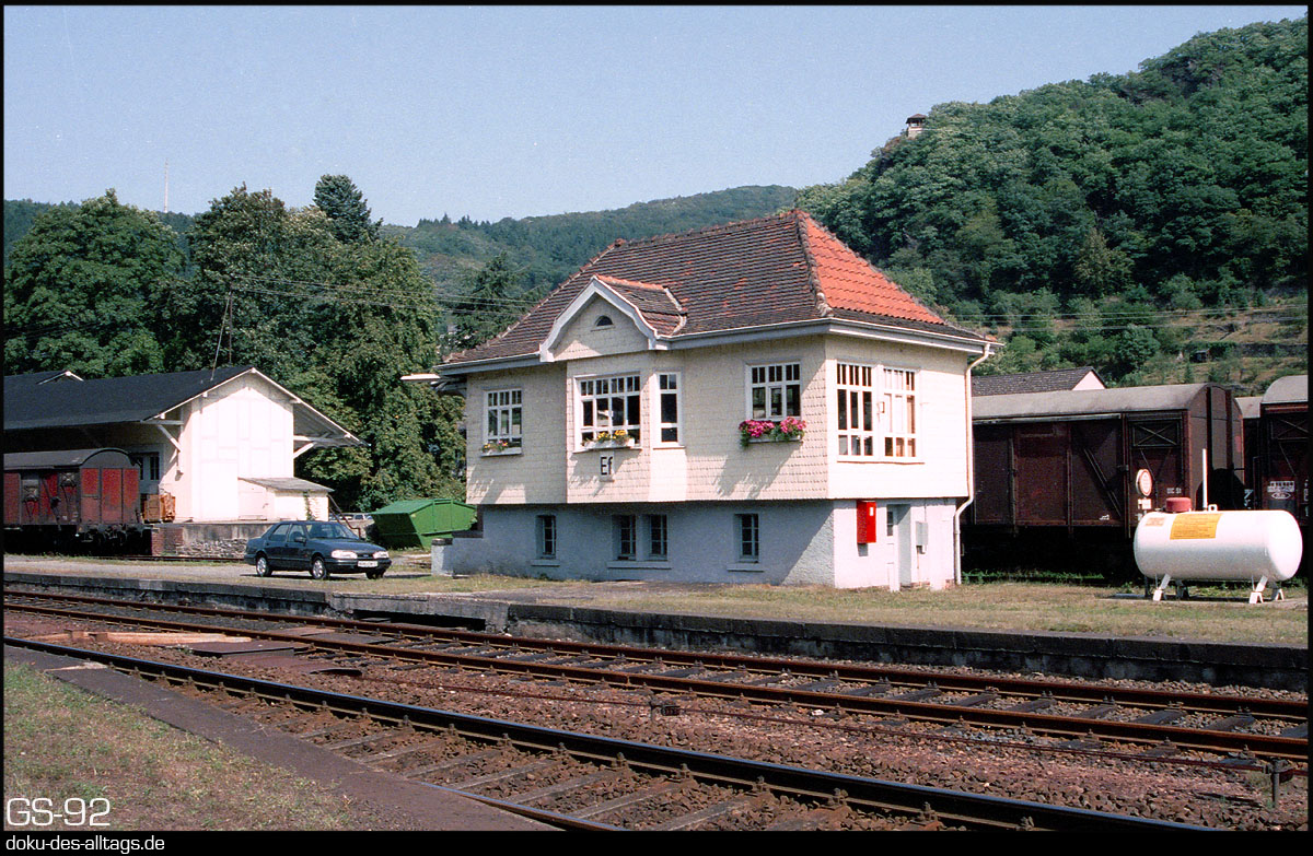 http://doku-des-alltags.de/StreckenundBahnhoefe/Lahntalbahn/01%20Koblenz%20Hbf/23%20Bad%20Ems.jpg