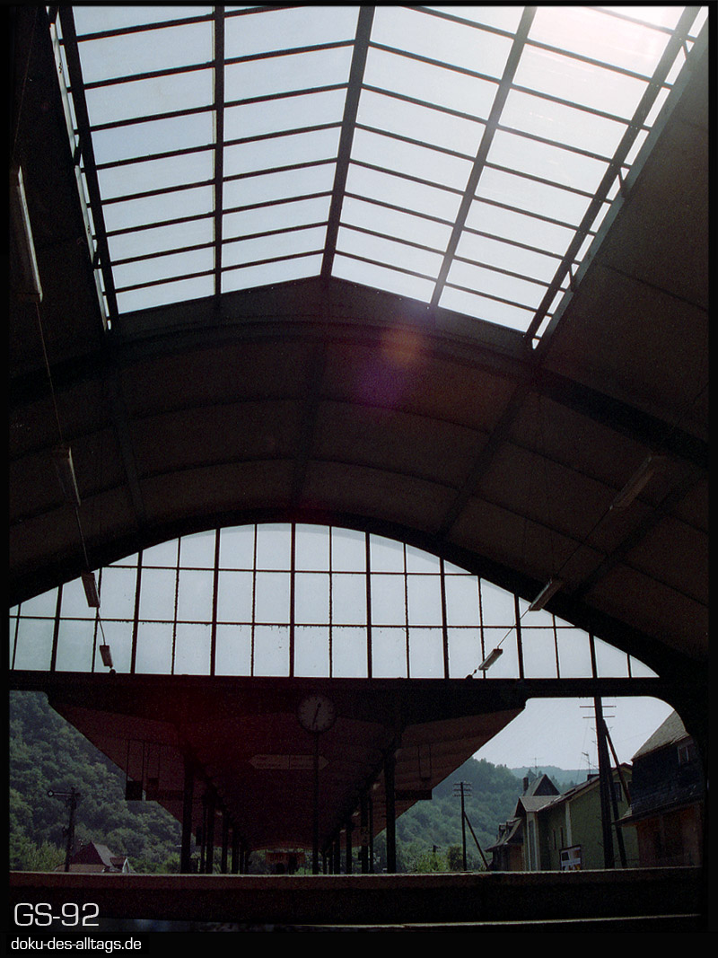 http://doku-des-alltags.de/StreckenundBahnhoefe/Lahntalbahn/02%20Bad%20Ems%20Nassau/06%20Bad%20Ems.jpg