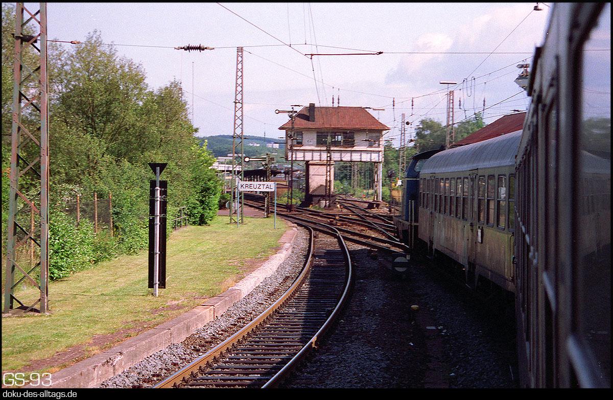 http://doku-des-alltags.de/StreckenundBahnhoefe/Marburg-Siegen/Film%205/06%20Kreuztal.jpg