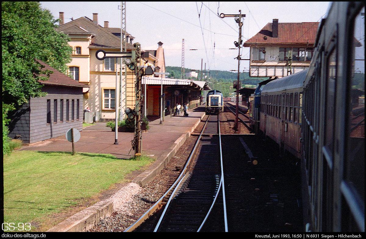http://doku-des-alltags.de/StreckenundBahnhoefe/Marburg-Siegen/Film%205/07%20Kreuztal.jpg