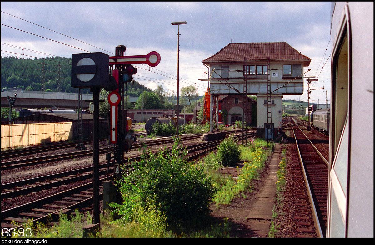 http://doku-des-alltags.de/StreckenundBahnhoefe/Marburg-Siegen/Film%205/08%20Kreuztal.jpg