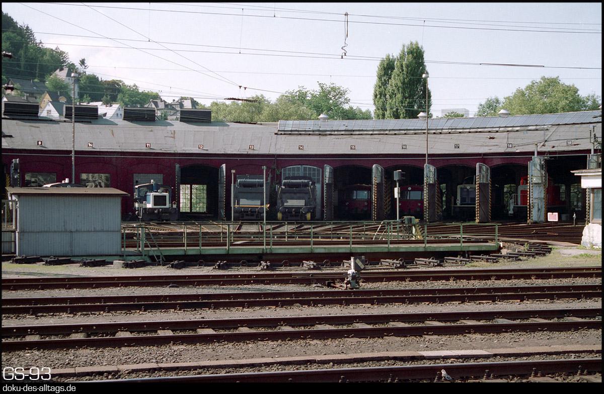 http://doku-des-alltags.de/StreckenundBahnhoefe/Marburg-Siegen/Film%205/21%20Siegen.jpg
