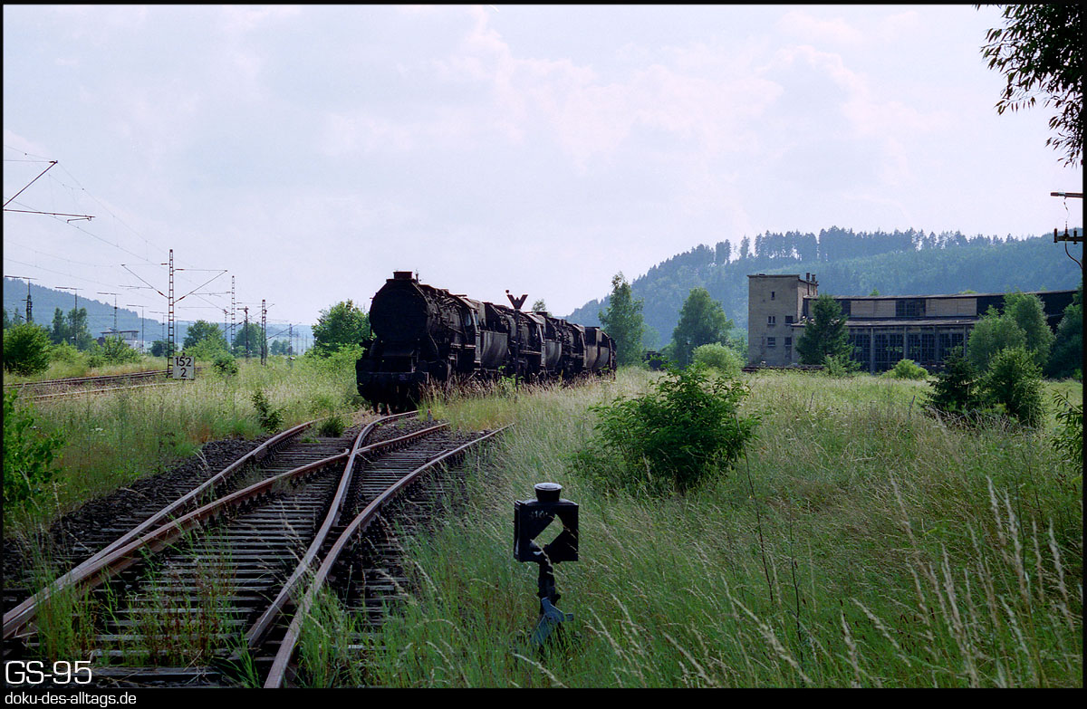 http://doku-des-alltags.de/StreckenundBahnhoefe/Wuerttemberg/Tuttlingen/Film%201/33%20Tuttlingen.jpg